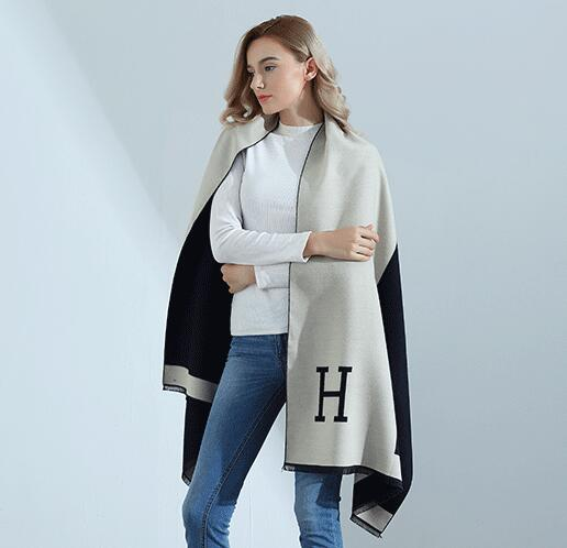 Fashion H Letter Womens Scarves Pareo Wraps Soft Warm Spring Autumn Cashmere Scarf Blankets Shawls Cloaks Ivory and Black