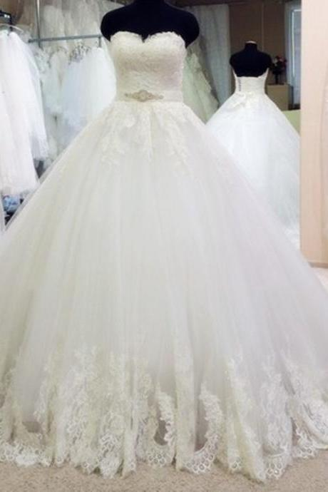 Romantic Sweetheart Crystal Beading Sashes Lace Appliques Long Tulle Wedding Dresses Ball Gowns 2017