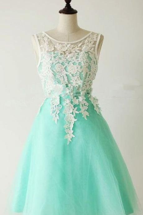 Custom Made 2017 Appliques and Lace Graduation Dresses, Short/Mini Homecoming Dresses, Sexy Prom Dresses, A-Line Prom Dresses, Charming Evening Dresses