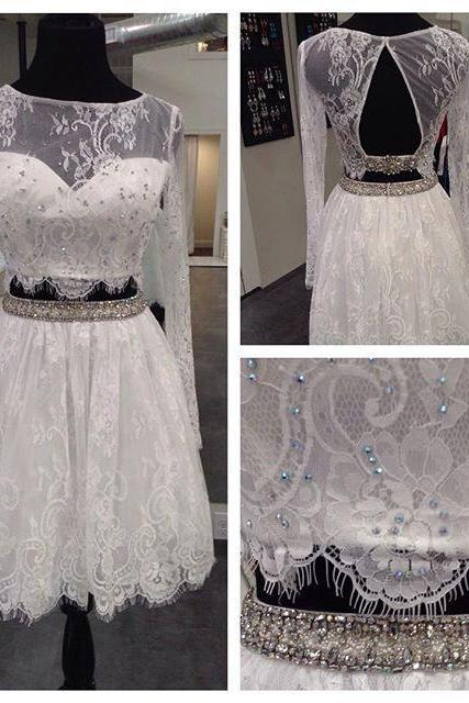 Two Pieces Long Sleeve White Homecoming Dresses Sheer Neck Backless Lace Prom Party Dresses With Beads Girls Graduation Gowns