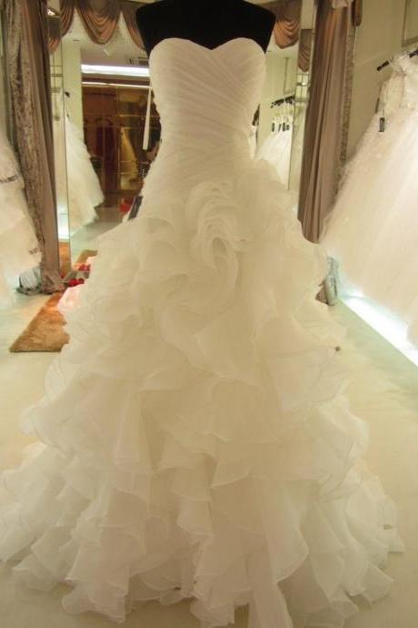 Custom 2016 New Eelegant modest Ball Gown Long white/Ivory Ruffles Sweetheart Wedding Dress Lace up Back Sweep Train Organza Cheap Bridal Gown