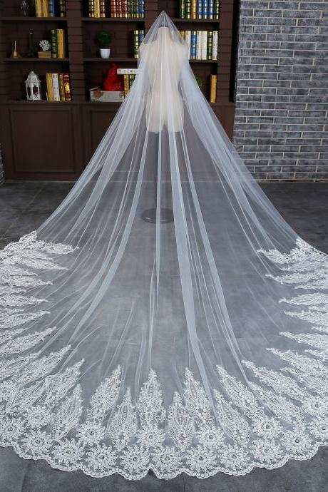 2017 new bride long veil luxury wedding veil 3 meters lengthened lace edge veil white tulle wedding accessories with comb